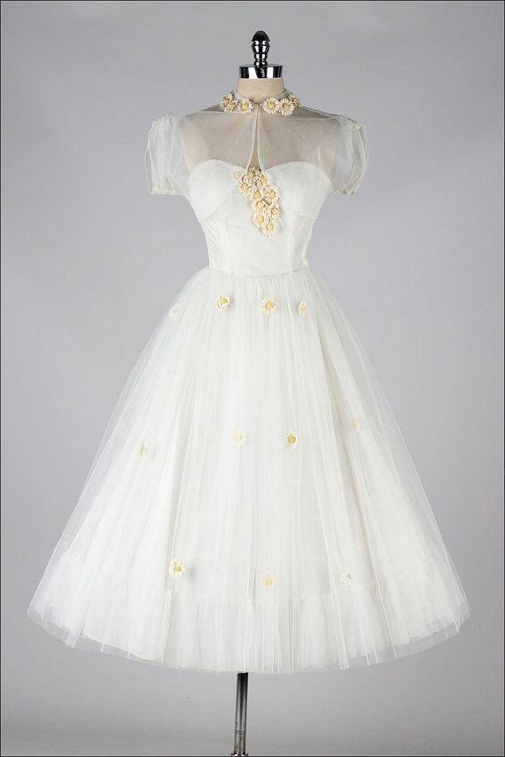 Vintage White Tulle Daisies Dress