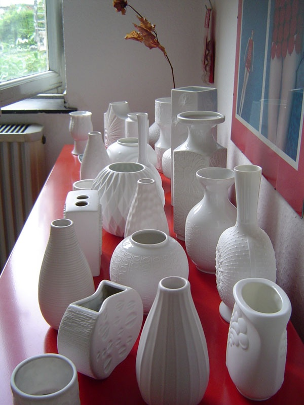 I have a collection of white vases; I hope mine looks this great one day!
