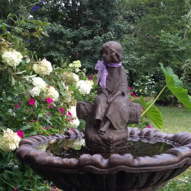 17 images about bird baths on pinterest gardens stone bird baths and wild birds - Garden furniture kings lynn ...