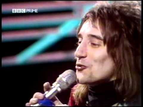 ROD STEWART - MAGGIE MAY...Original Video RELEASED (1971 ) with Ron Wood on guitar ... JamesA.Ziegler.com