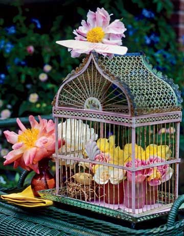 There were several cute bird cages at the Farm Chicks Antique sale, I may need to get one next year.