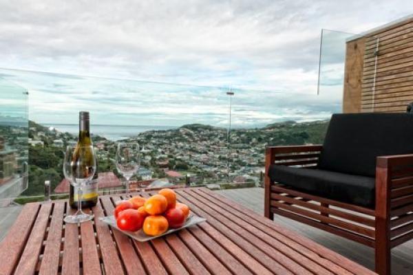 Wellington Holiday Home Rental - 3 Bedroom, 2.5 Bath, Sleeps 6