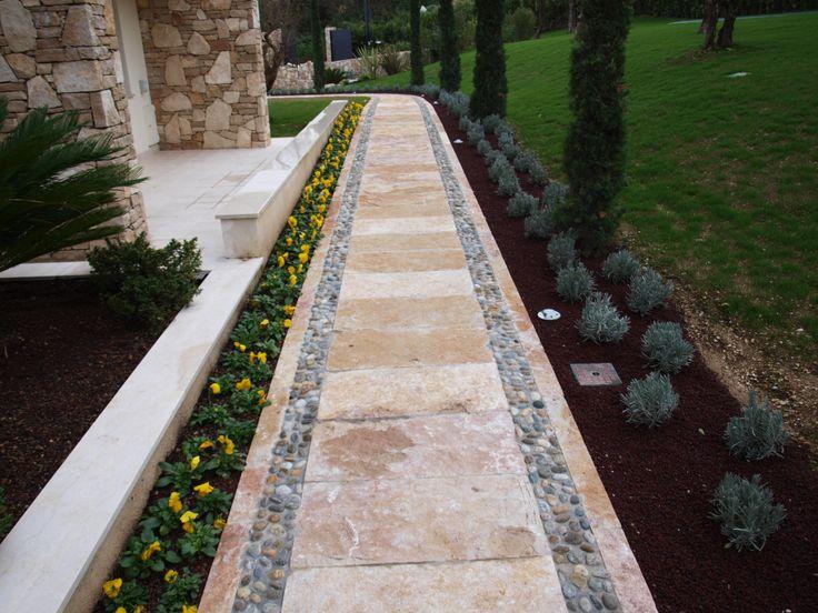 #quarzo #floor #pool #natural #garden #stone #pebbles #flooring #italian #madeinitaly #palosco #bergamo #artigianato #handicraft #appiaanticasrl #design #italianstyle #exteriordesign #urbandesign