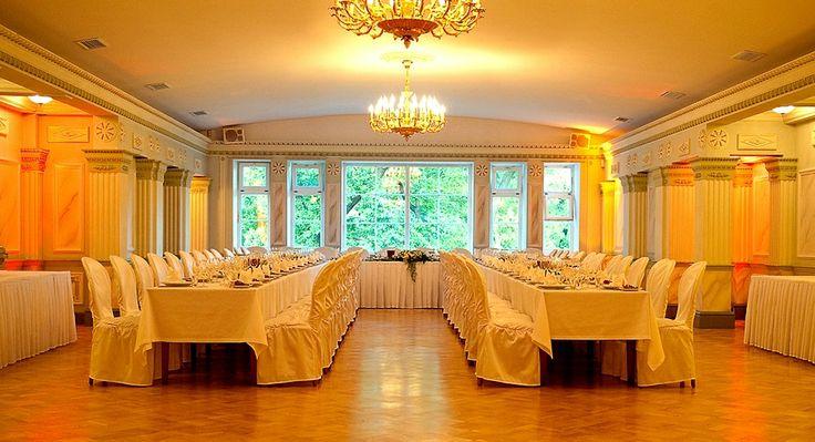 BIBLIOTĒKA N°1 Restorāns / Weddings celebrations  / Biblioteka restorans / Celebrate / Restaurant / vine from Italy / delicious food / head chef Maris Jansons / Sommelier Janis Gailis / Banquets / Riga, Latvia