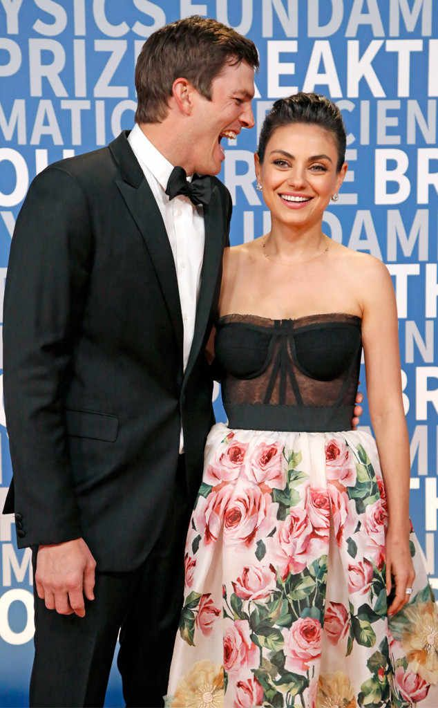 Ashton Kutcher Mila Kunis From The Big Picture Today S Hot Photos Ha The Loved Up Couple Share A Laugh At Mila Kunis Ashton Kutcher Strapless Dress Formal