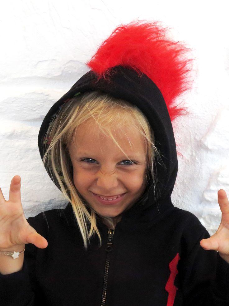 red mohican-hoodie-lamajama-(1)