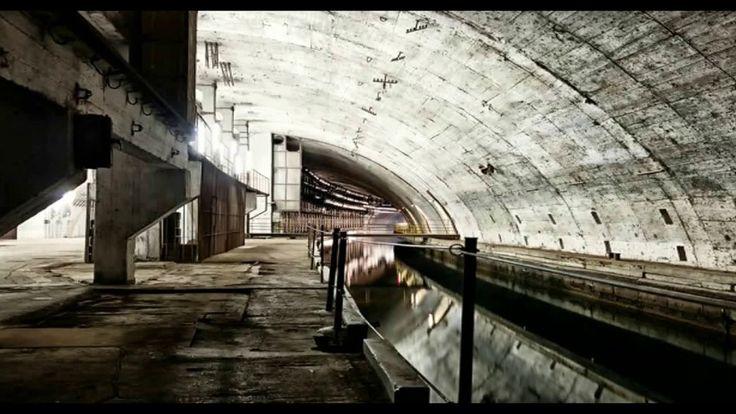 Bylo objeveno několik mimozemských podzemních základen po celém světě