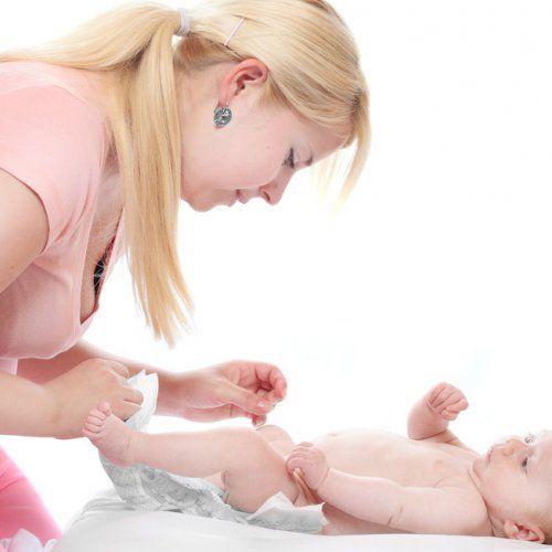 Les urines et les selles de bébé