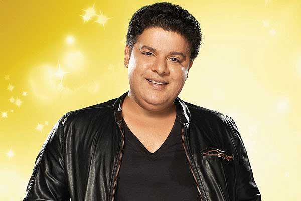 Sajid Khan debuts on Twitter, gets warm welcome !! http://www.vishwagujarat.com/entertaintment/sajid-khan-debuts-on-twitter-gets-warm-welcome/