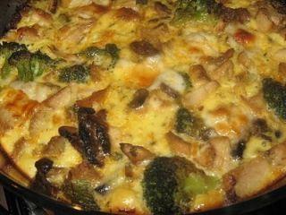 Frittata cu broccoli, ciuperci si pui