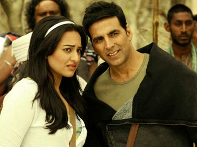 Akshay Kumar talks of his friendship with Sonakshi Sinha!