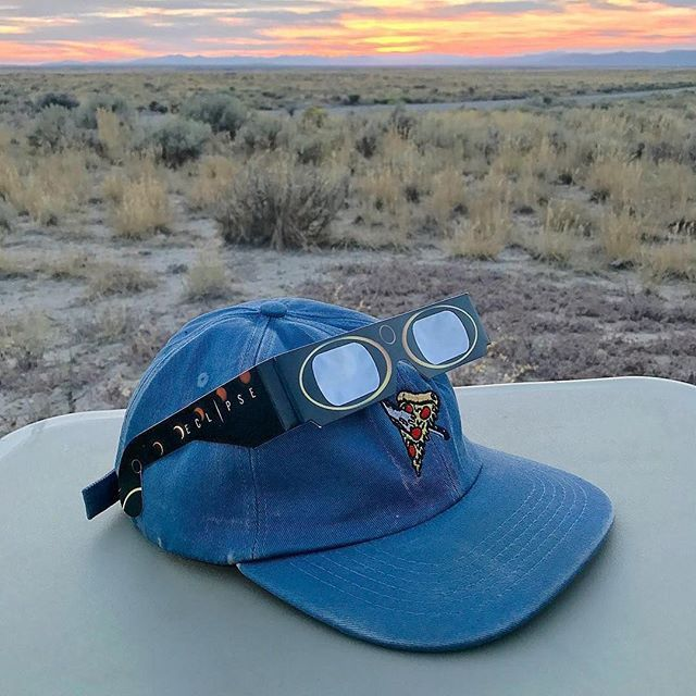 Custom Faded Blue Cotton Twill Five Panels for @luckyslicepizza ! Branding Options Include: Front Flat Embroidery, Inner Woven Label, Leather Closure, and Back Closure Tag. #streetwear #delusionmfg #headwear #hats #hat #manufacturing #hypebeast #branding #marketing #fivepanels #custom #apparel #threads #appareldesign