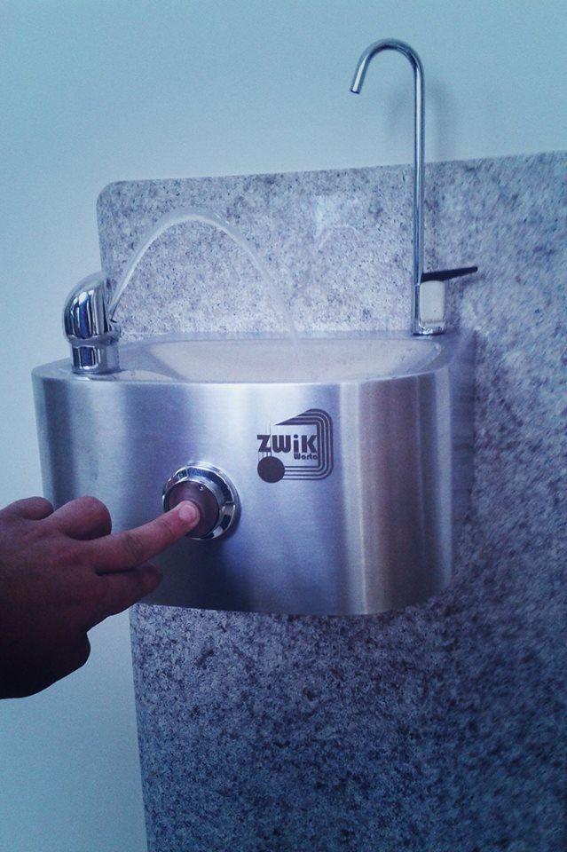 Źródełko wody pitnej HAWS 1105 - z kranikiem do napełniania butelek