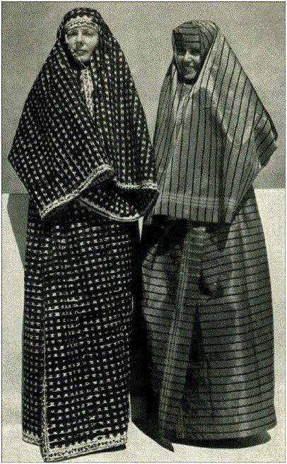 Typical  Syrian village women's dresses, favorite of  the Bedouin women and nomadic tribes. Kurdish women who lived in Christian Armenian areas did wear these dresses. These dresses were also worn by Muslim women living in Muslim areas in Lebanon such as Saida, Sour, Tripoli, Beirut, Bekaa, Baalbeck, etc.
