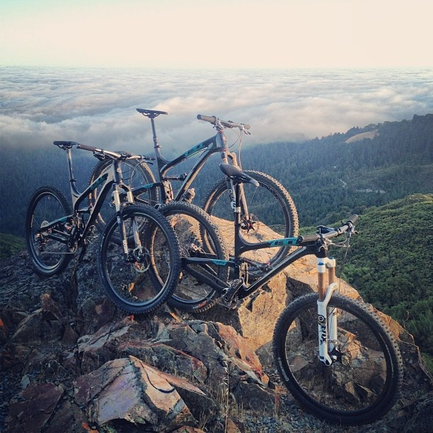 High in the sky with Yeti's high end MTB. #bike #cyclist #cycling