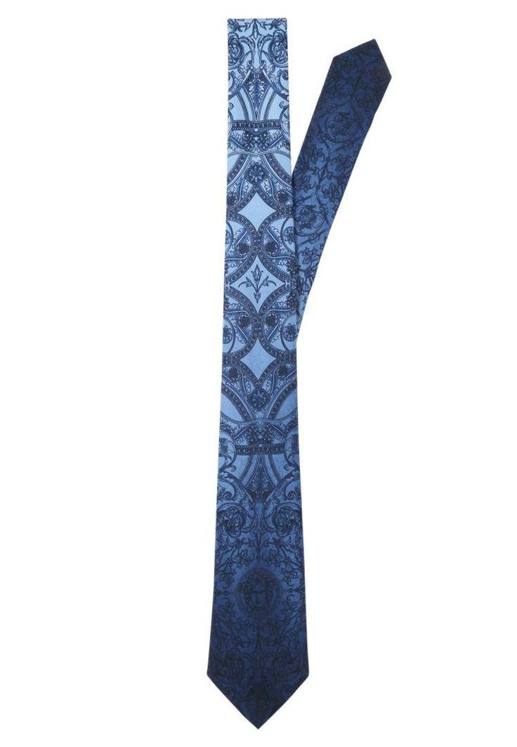 Versace. Krawatte - azzurro puffo. Breite:8 cm bei Größe One Size. Material Oberstoff:100% Seide. Pflegehinweise:chemische Reinigung. Länge:146 cm bei Größe One Size. Muster:print