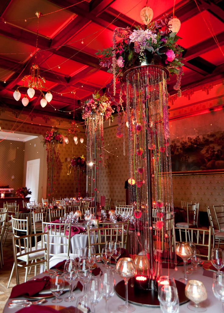 Elegant marsala wedding reception in Ciekocinko Palace Hotel Resort & Wellness by artsize.pl