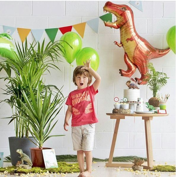 This listing includes 1 (deflated)mylar Balloon RAWWWRRR!!!! This balloon is huge and makes such an awesome feature, especially for dinosaur themed birthday parties! - T REX is approximately 47 inches