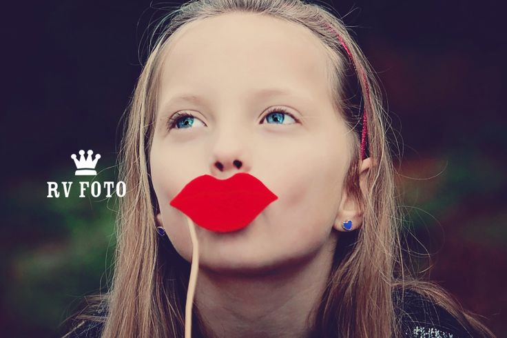 Photograph red lips #photo #photographing #rv foto #girl #red #lips