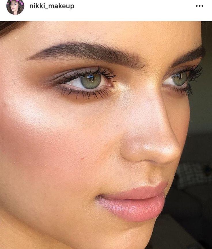 Glow, chocolate eyes, peach lip