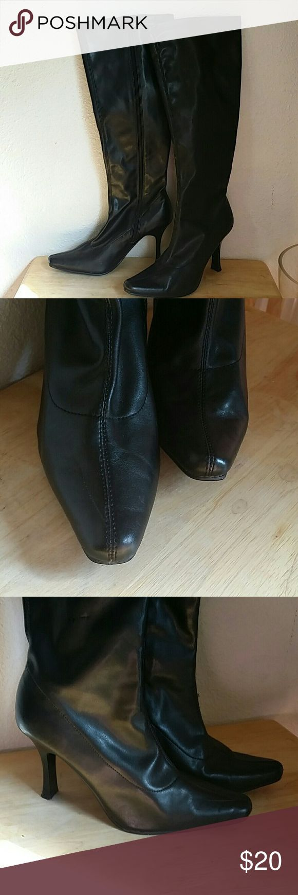 """Jennifer Lopez boots Black boots, side zipper, size 8M Measures 15.5"""" in height plus a 3.5"""" heel. Has little scuffs on the inner side, see pictures. Jennifer Lopez Shoes Heeled Boots"""