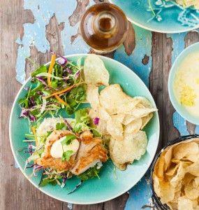 Fish Burgers with Garlic Mayo #Dinner #Recipe #Burgers #SouthAfrica