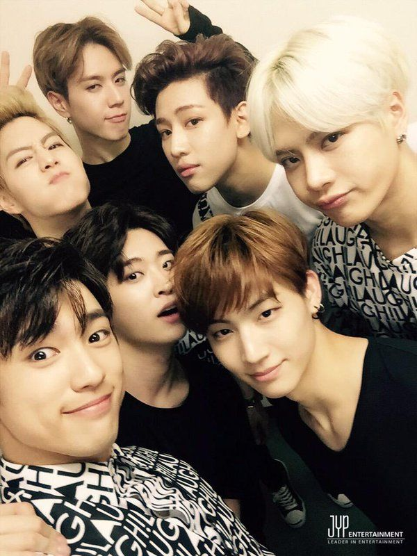 GOT7 Japan Official <that awkward moment when u thought JB is Mark ;-; >