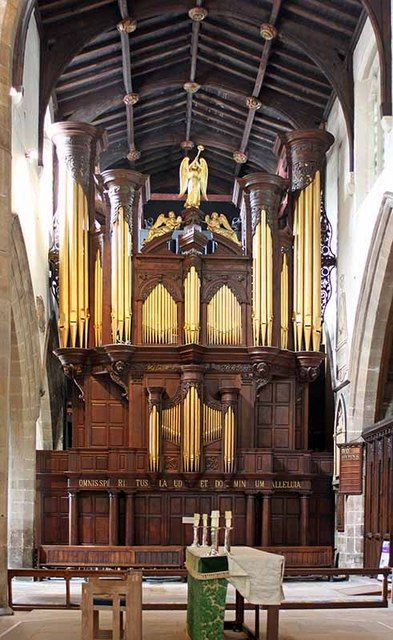 The T C Lewis/Harrison/Nicholson organ at Newcastle Cathedral.