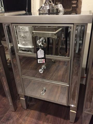 Rex  3 drawer mirrored bedside locker  Value Alert !