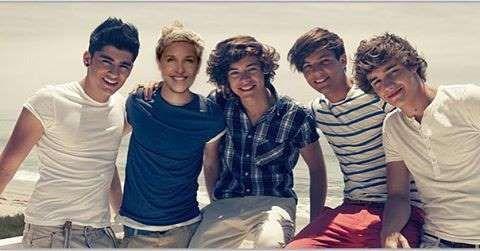 Ellen DeGeneres slid into Niall Horan's pop star shoes, joining the boys of One Direction. - instagram/theellenshow