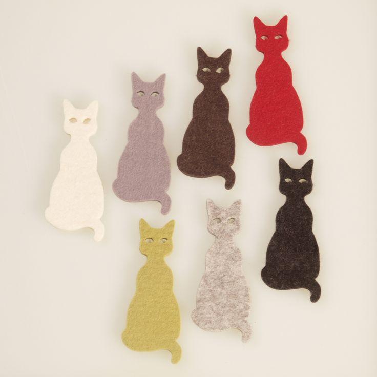Katze aus Filz ein Katzenspielzeug oder Schlüsselanhänger, cat out of felt a cat toy or a keychain, gatto di feltro, giocattoli gatto o un portachiavi