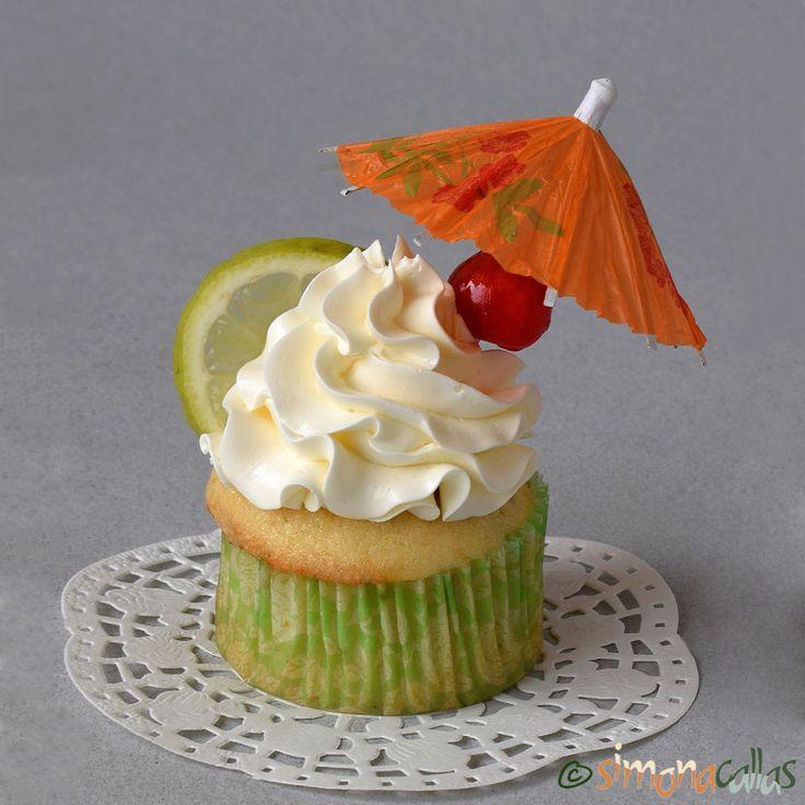 Cupcakes Margarita cu lime tequila si triplu sec sunt nişte prăjiturele deosebite. Dacă doriţi să vă impresionaţi oaspeţii cu un desert spectaculos...