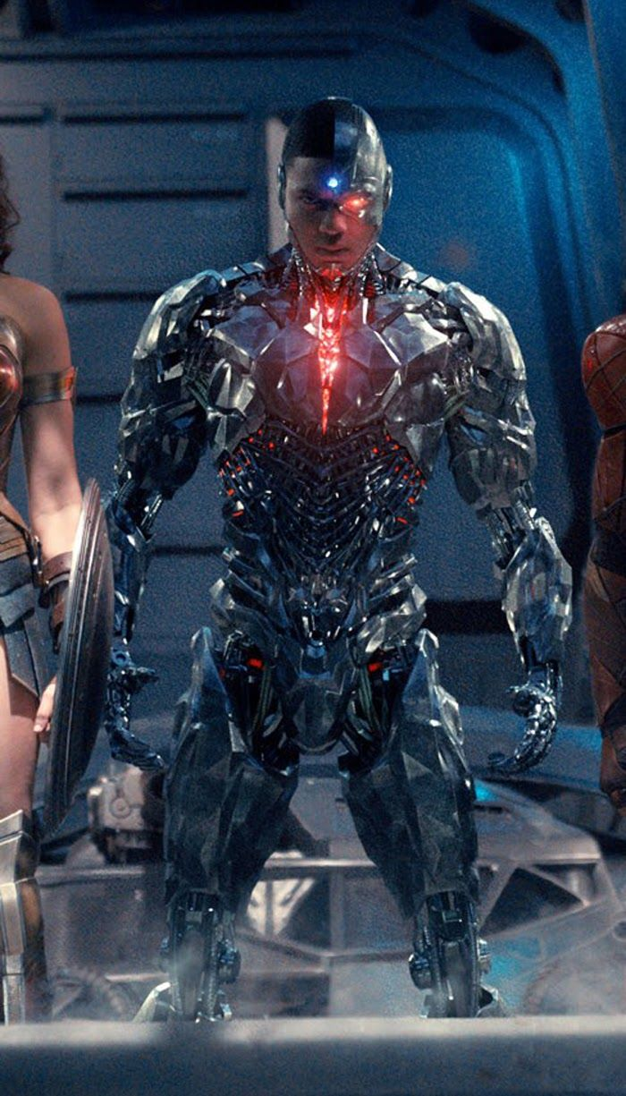 "Ray Fisher as Victor Stone/Cyborg ""Batman V Superman: DOJ""  ""Justice League"""