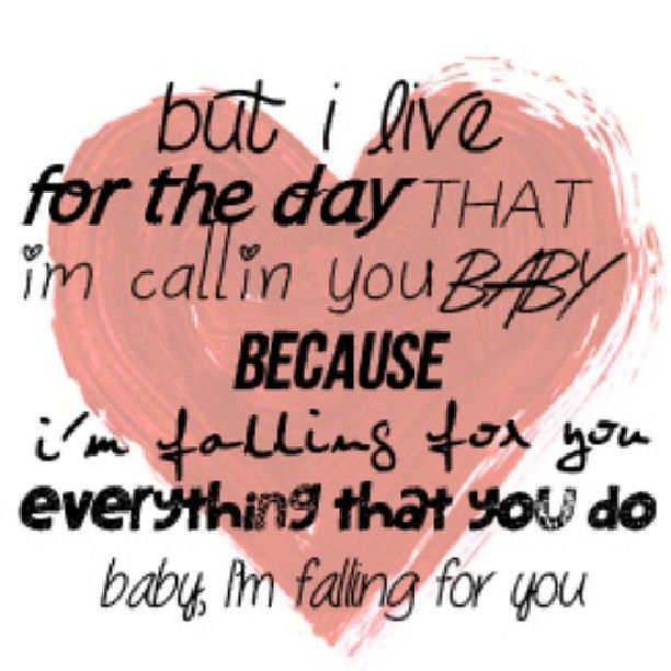 R5: Falling For You. Love this song!<3