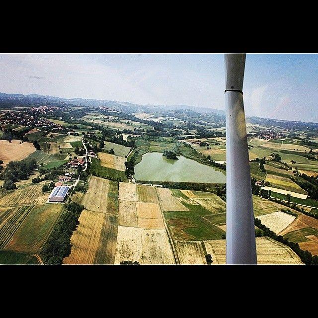 Lago di Arignano. Vista aerea. In volo con l'ultraleggero.