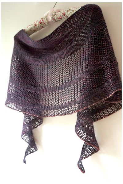 Ravelry: Interlude shawl with Madelinetosh Tosh Merino Light - knitting pattern by Janina Kallio.