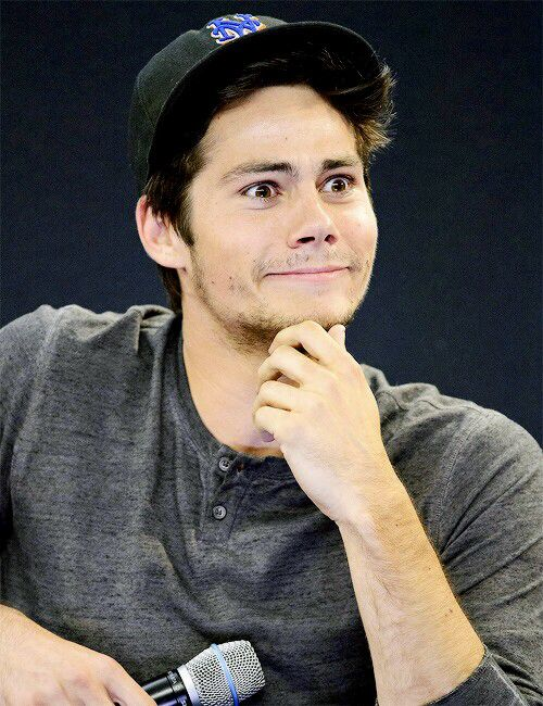 adorable and oh so funny - Dylan O'Brien #funnyface