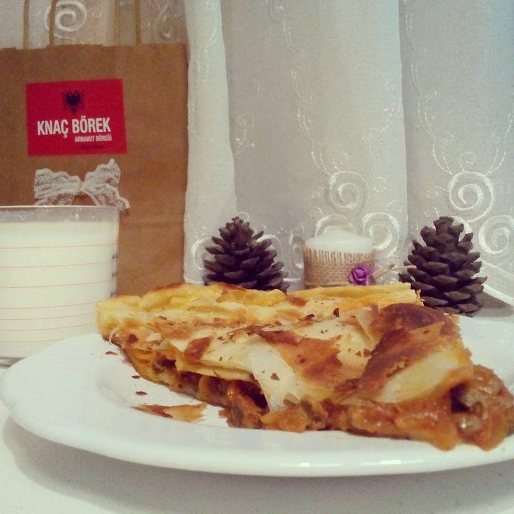 Ciğerli Arnavut Böreği...Başka hiçbir yerde yok!  #cigerliborek #ciğerlibörek #arnavutböregi