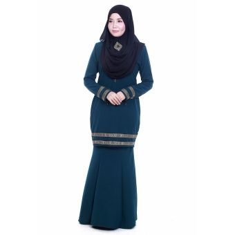 Farosa Haura Kurung (Green) Indulge your modesty in elegant, exclusive and extraordinary kurung from Farosa. Our design collection comes with a unique and detailed embellishment ribbon lace. ... #bajukurung #bajukurungmoden