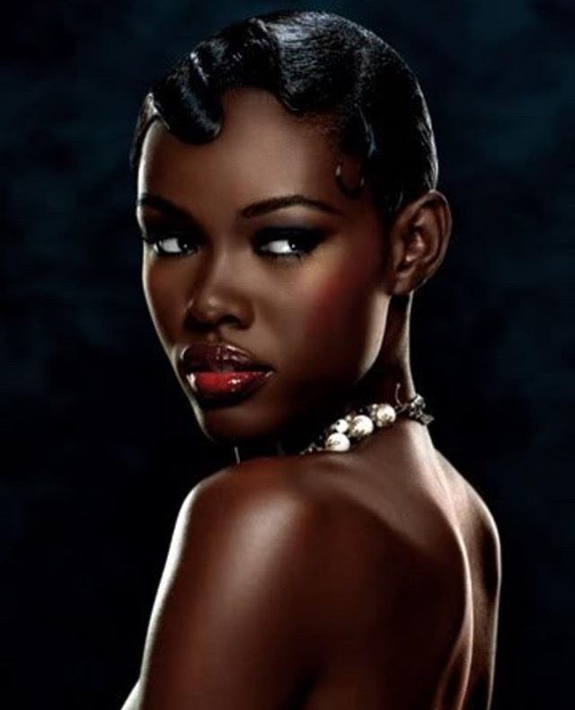 Black beauty calendars — pic 8