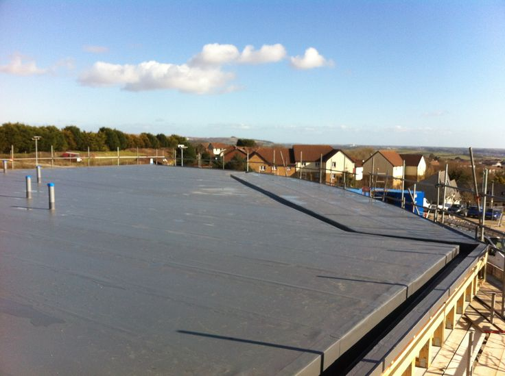 Single ply roofing system installed For Flying start Nursery in Plymouth. http://www.flatroofscornwall.com/flat-roofing-services/single-ply-roofing
