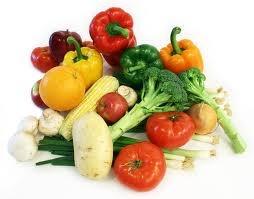 Mineralen die 3 tot 4 procent van het lichaamsgewicht uitmaken zijn onmisbaar voor het lichaam. Bij veel mensen komt een tekort aan zink, ijzer en calcium voor. Deze komen voor in groenten, zaden en zuivelproducten. Aan sommige producten worden Mineralen toegevoegd zoals jodium aan brood zout.
