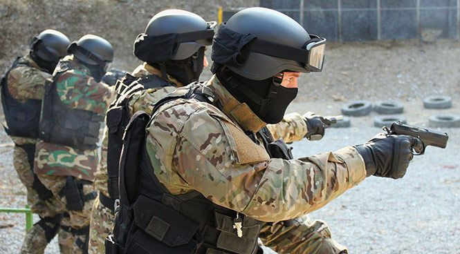 Defensive Tactical Handgun - Security Courses and Security Training Perth | SIG Group