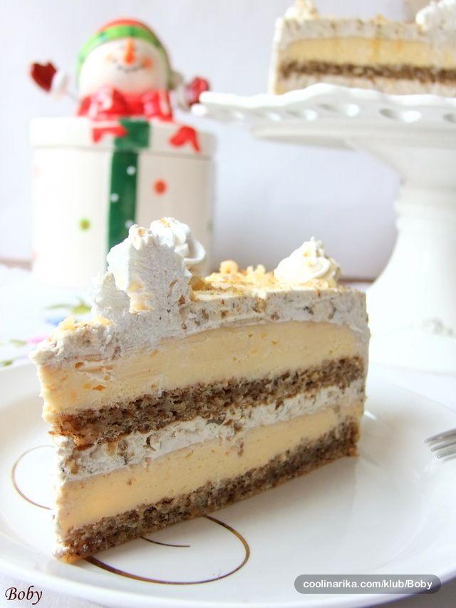 Arome grilijaša, vanile i oraha savršeno su se ukopile u tortici u kojoj smo uživali dočekujući Novu godinu!