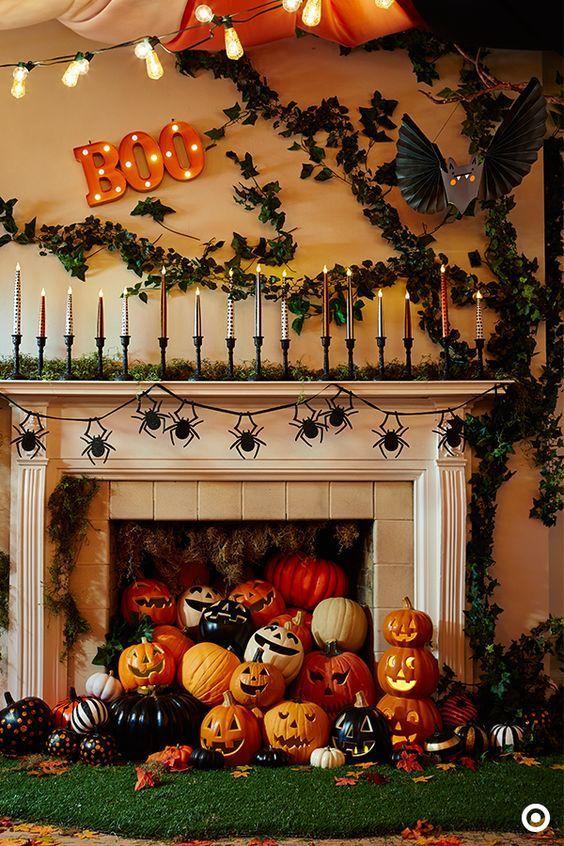 17 Spooky Halloween Mantel Ideas You Need to DIY Halloween