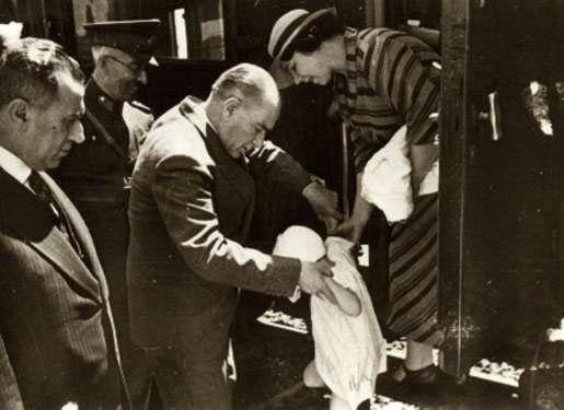 Atatürk, Ataturk...