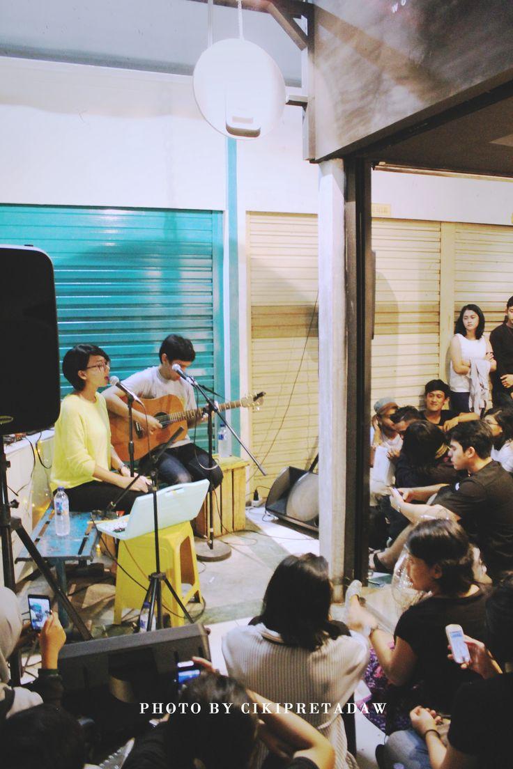 banda neira perform