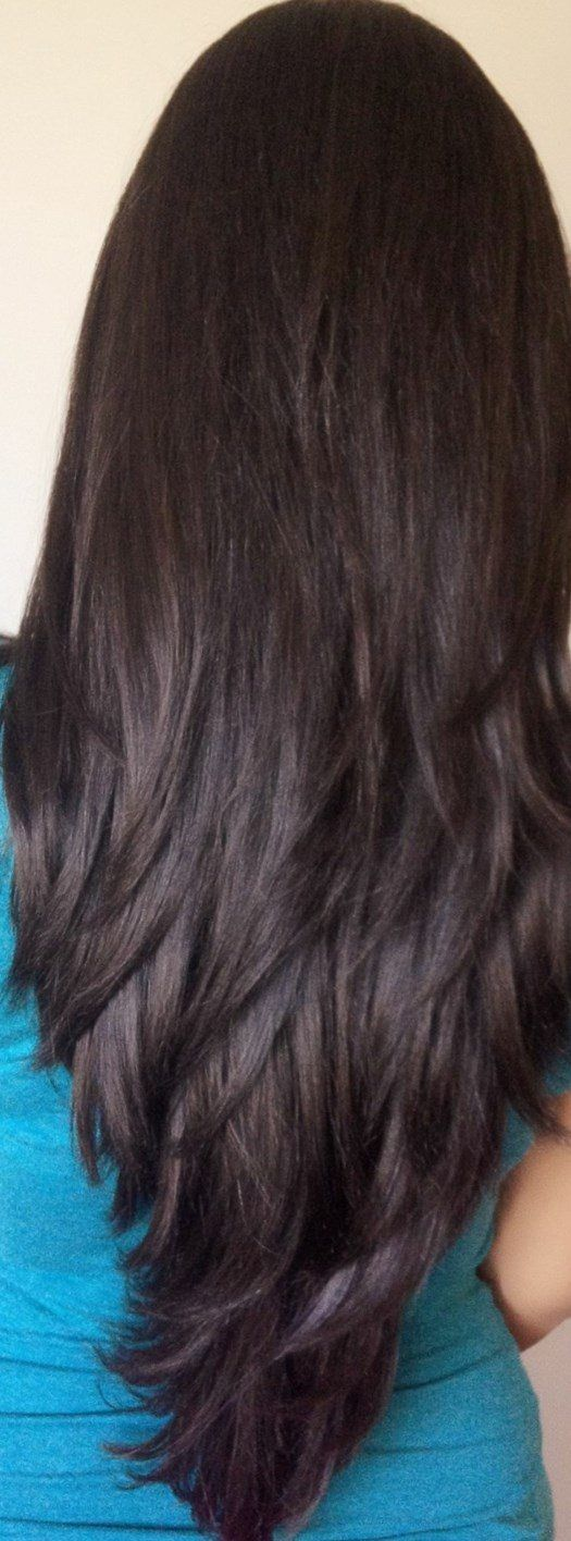 Lange Stufen im Haar – Gestuftes Haar mit untersch…