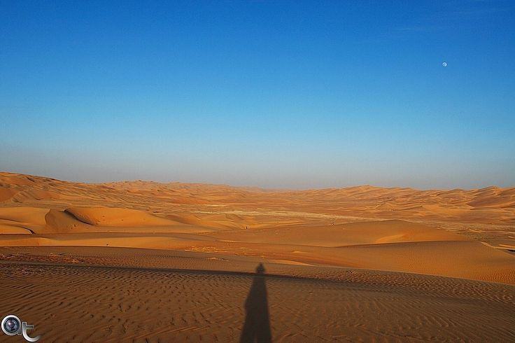 #shadow #self - #desert #sand and #sky with a touch of #moon - #andreaturno #abudhabi #nikontop #nikonphoto_