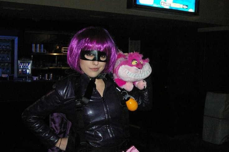 Hit Girl...and for some reason...a cat...